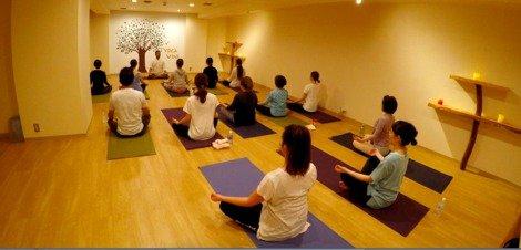 ヨガスタジオ【ヨガビニ京都】yoga vini kyoto